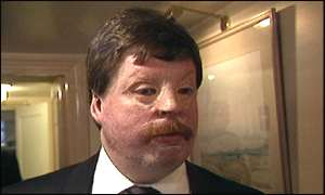 Falklands war veteran Simon Weston