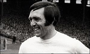 Geoff Astle in England kit