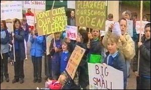 Moylegrove and Dinas protesters