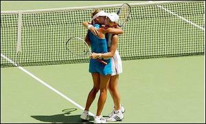 Hingis will play in the women's singles final on Saturday