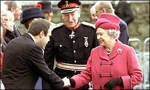 The Queen visits Londonderry in November 2001