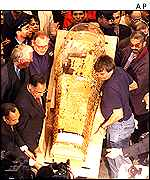 The pharaoh Akhenaton's sarcophagus was stolen 80 years ago