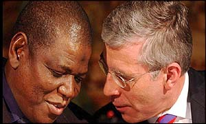 Nigeria Foreign Minister Sule Lamido and UK Foreign Secretary Jack Straw