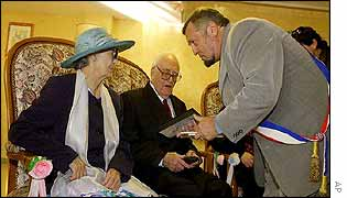 Madeleine Francineau and Francisco Fernandez marry age 95 and 96  as local mayor Pierre Maurel conducts the ceremony