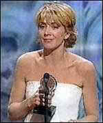 [ image: Natasha Richardson collecting an award for her role in Cabaret]