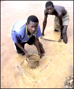 Children sifting diamonds