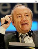 Hubert Vedrine, canciller de Francia.