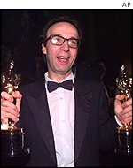 Whoopi last hosted in the year Roberto Benigni won