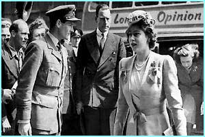 Group Captain Townsend with the Queen and Princess Margaret