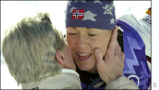Kisses for Norway's Kari Traa after clinching gold