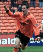David Winters opens the scoring for Dundee United