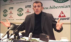 Franck Sauzee conducts his last Hibs media conference