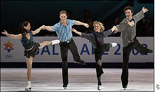 Jamie Sale & David Pelletier and Elena Berezhnaya & Anton Sikharulidze in action at the skating exhibition
