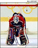 US netminder Mike Richter cannot hide his disappointment at the defeat