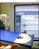 Many sites similar to Napster are still operating