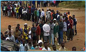 Voters queue in Zimbabwe