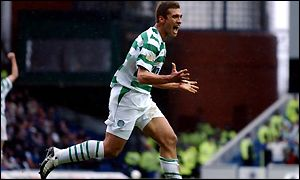Stilian Petrov celebrates his goal