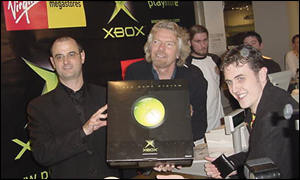 Chris Lewis of Microsoft (left) with Richard Branson and Scott Rawlins (right)