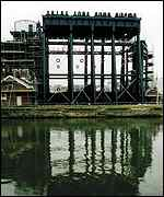 Anderton boat lift   British Waterways