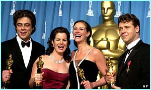 Group of winners from the Oscars 2001