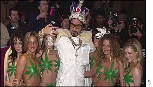 Ali G and entourage outside the Empire Leicester Square