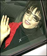 Liza Minnelli seen in London on 22 March, a day after the attempted robbery