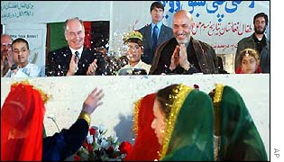 Hamid Karzai at Kabul school