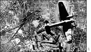 A Luftwaffe bomber over London