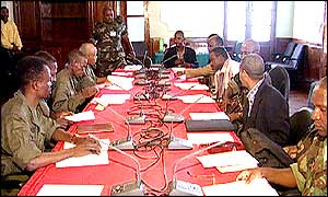 Goverment and rebels in talks in Luena