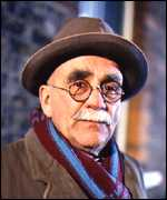 [ image: Warren Mitchell as Alf Garnett: