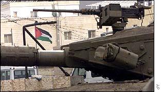 Tanque israelí en Ramala