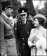 Queen Mother and French General Charles de Gaulle