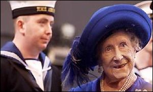 Queen Mother visits Ark Royal in November 2001