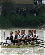 Oxford in action on the Thames