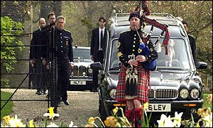 The Queens piper Jim Motherwell