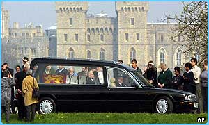 The Queen Mother's coffin leaves Windsor Castle