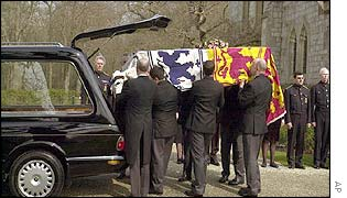 Queen Mother's coffin being carried
