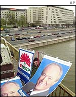 Medgyessy posters go up on a Budapest bridge