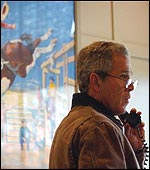 President Bush speaks to Ariel Sharon from his ranch in Texas