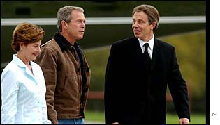 Laura Bush, George W Bush and Tony Blair.