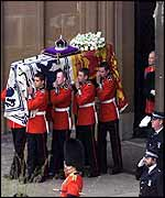 Saluting the coffin