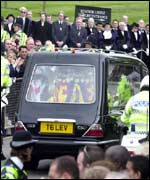 The hearse arrives at Windsor