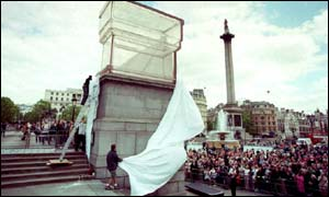 Rachel Whiteread's Monument being unveiled in June 2001
