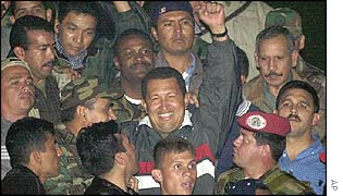 Hugo Chavez returns to the presidential palace