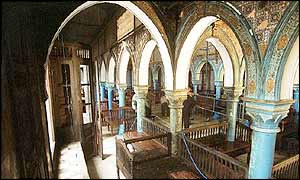 Inside La Ghriba synagogue