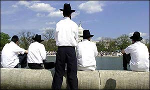 Orthodox Jews at reflecting pool