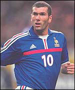 Zinedine Zidane playing for France