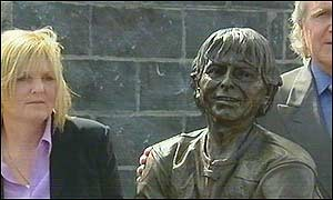Joey Dunlop's wife Linda is said to delighted with the bronze statue