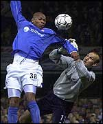 Marcus Bent rises above Mark Schwarzer