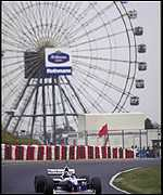 [ image: Hill clinches the F1 title beneath the ferris wheel]